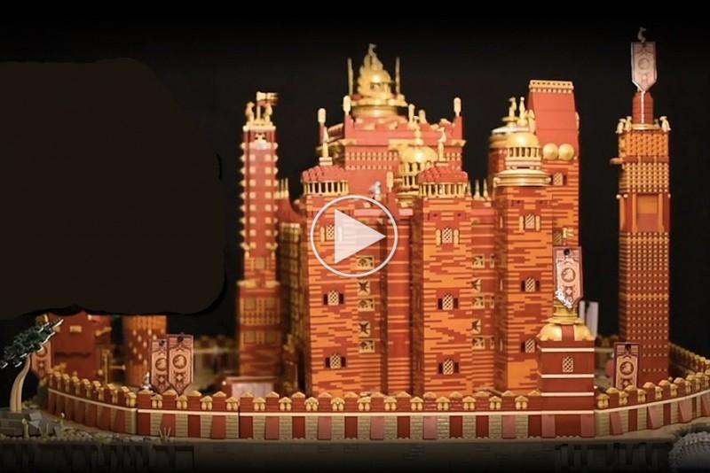 Det-motoriserede-LEGO-GoT-Red-Keep-af-125000-klodser-er-vildt-imponerende_1