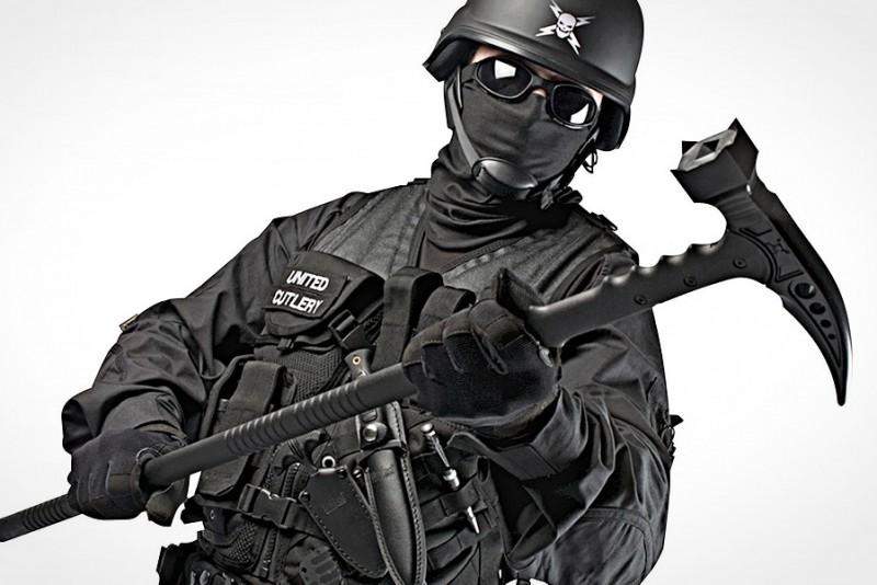 M48-Kommando-Survival-Hammer_3