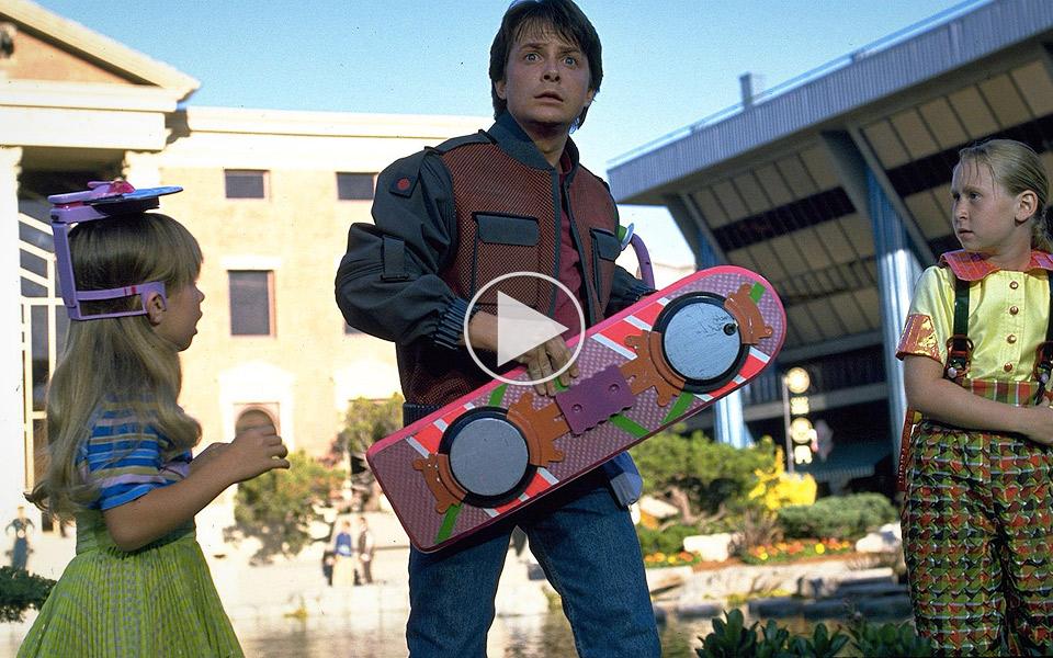 Nu-kan-du-kobe-det-originale-Hoverboard-fra-Tilbage-til-Fremtiden-2_1