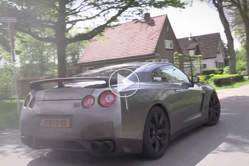 Nissan-GT-R-med-titaniumudstodning-lyder-som-et-maskingevar_1