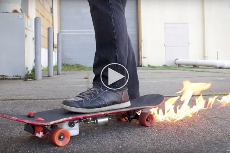 Skateboard-med-flammekaster_1