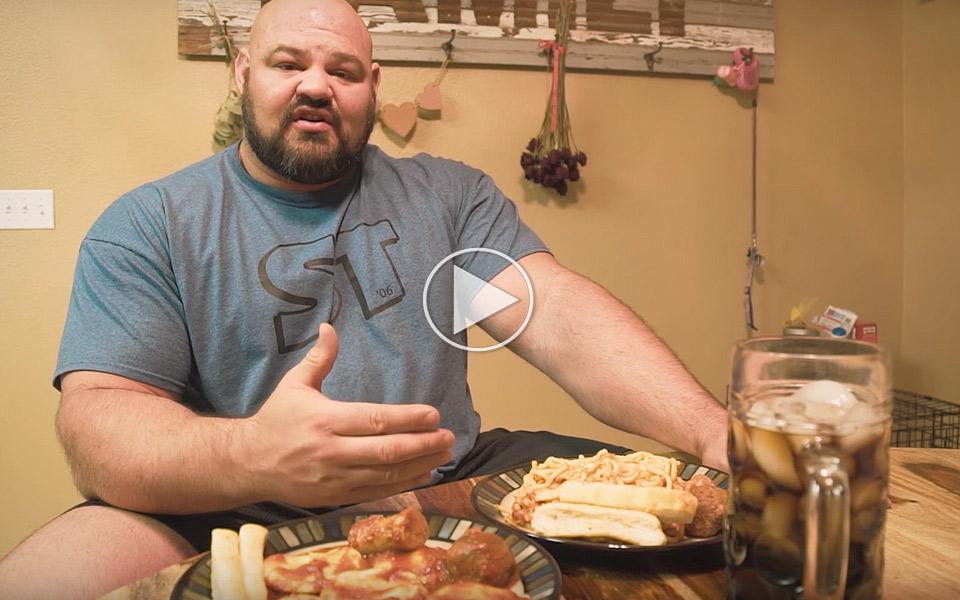 Verdens-starkeste-mand-spiser-12000-kalorier-om-dagen_1