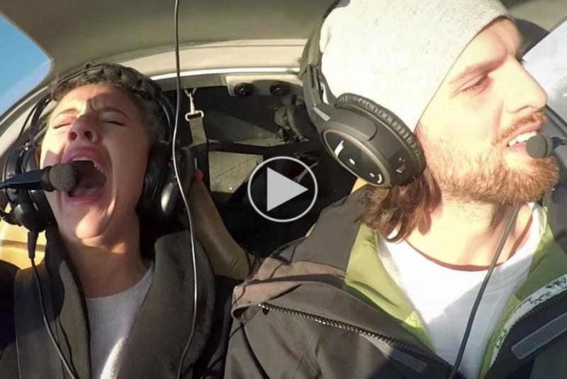 Fyr-faker-flystyrt-for-at-fri-til-sin-skramte-kareste_1