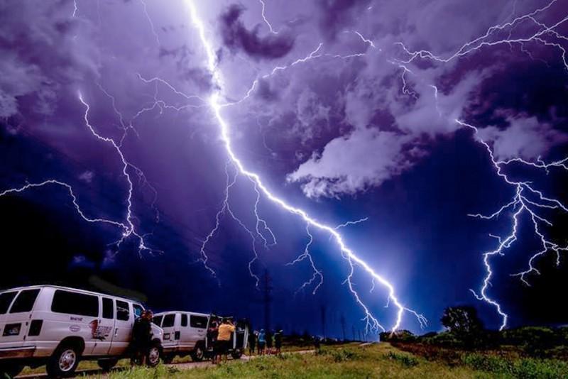 Extreme-Tornado-Tours_fb