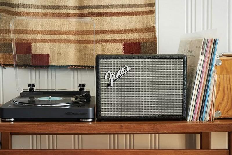Fender-Monterey_2