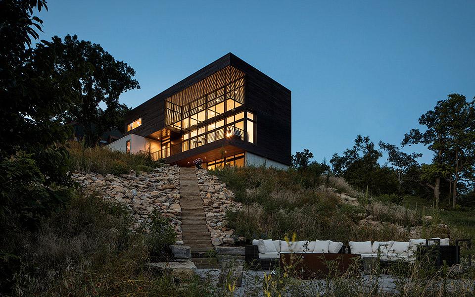 KEM Studio Modern Lodge