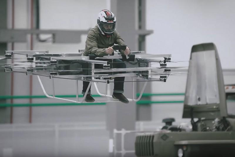 Kalashnikov har bygget en hoverbike