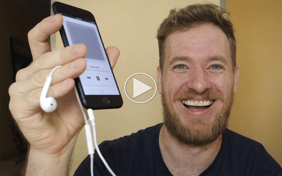 Sådan laver du selv et stik i din iPhone 7 til hovedtelefoner