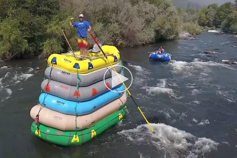 Vovehals gør White Water Rafting endnu farligere
