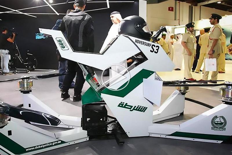 Dubais politi viser deres nye hoverbike