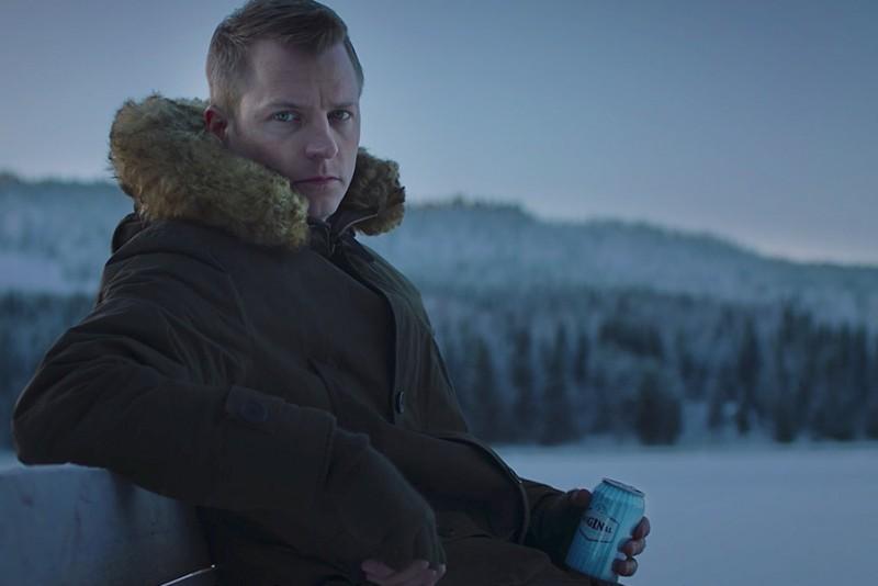 Kimi Räikkönen vil gerne være i fred i sin nye øl-reklame