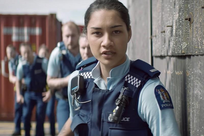New Zealands politi leder efter nye rekrutter med sjov reklamefilm