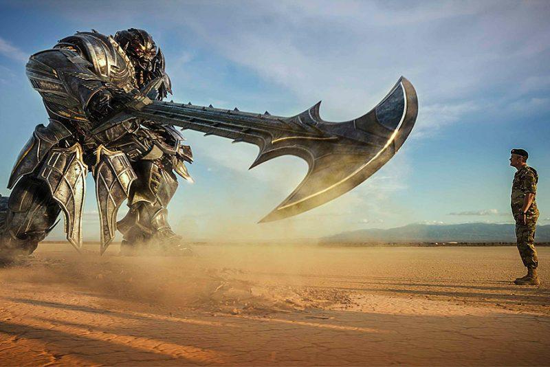 CinemaSins ser på alt der er galt med Transformers: The Last Knight