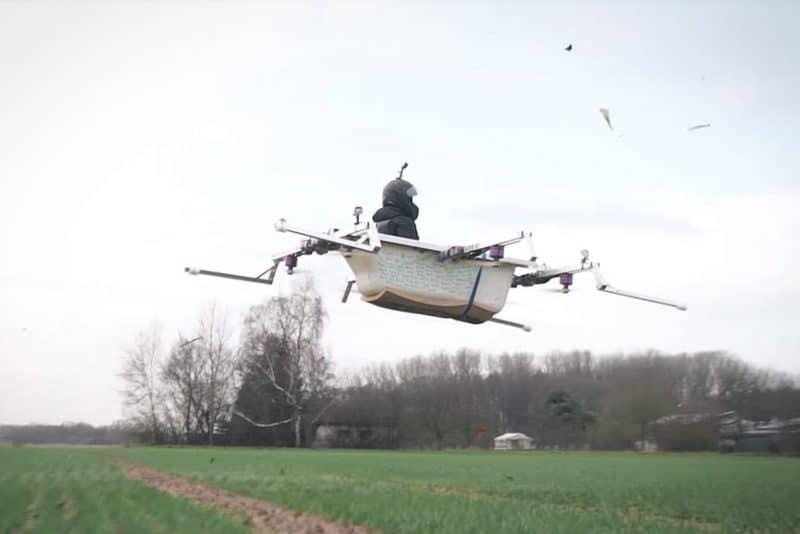 Brødre bygger flyvende badekar, så de lynhurtigt kan hente sandwiches