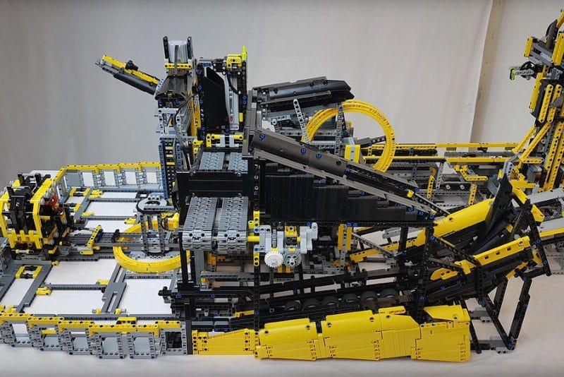 Den her LEGO Technic rutsjebane er imponerende bygget