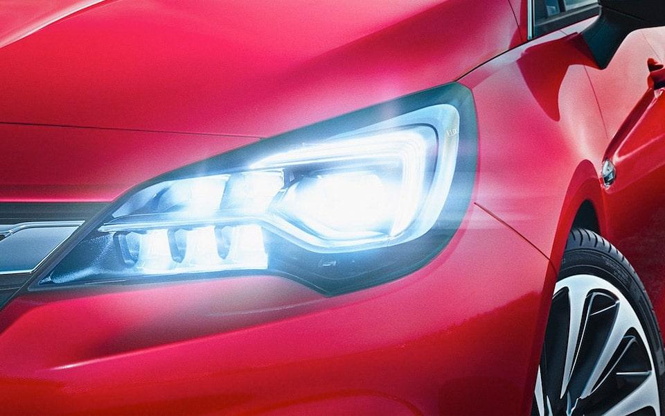 Opel Astra kåret som årets bil 2016