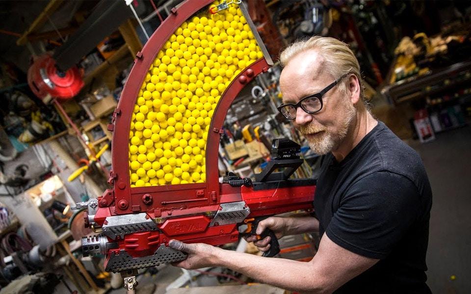 Adam Savage har bygget et virkelig voldsomt Nerf-gevær
