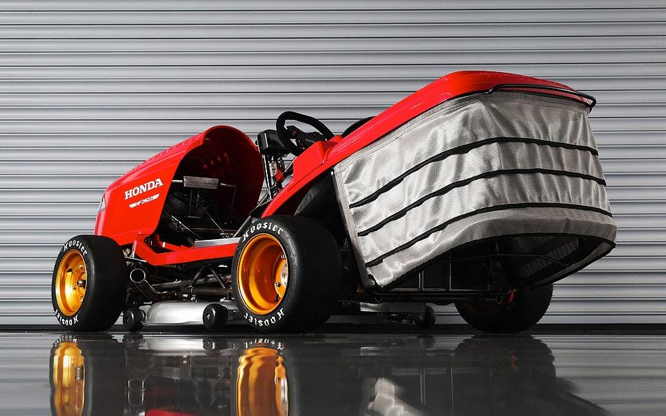Honda Mean Mower V2 har en topfart på over 240 km/t