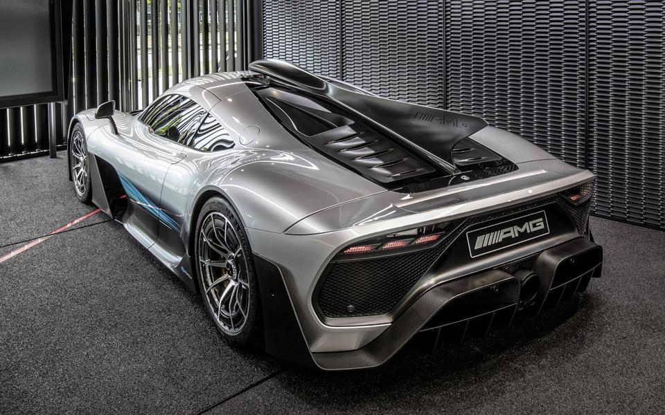 Mercedes afslører navnet på deres nye monster-bil med en fed video