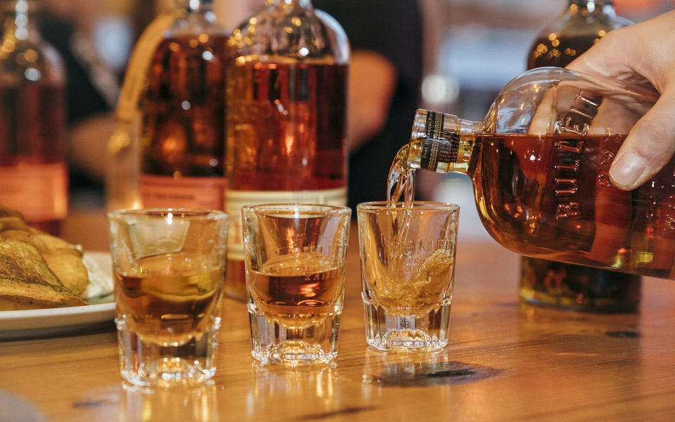 Bulleit inviterer til blæk og bourbon i Kødbyen