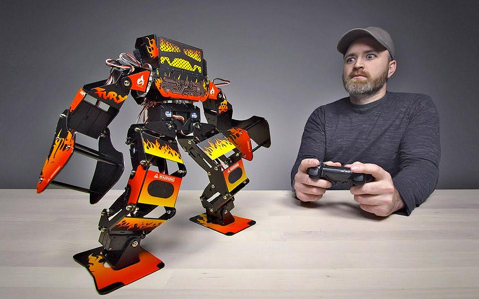 Super Anthony er en kamp-robot til 8.500 kroner