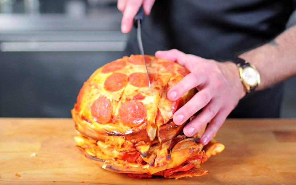 Sådan laver du en lækker pizza-kugle