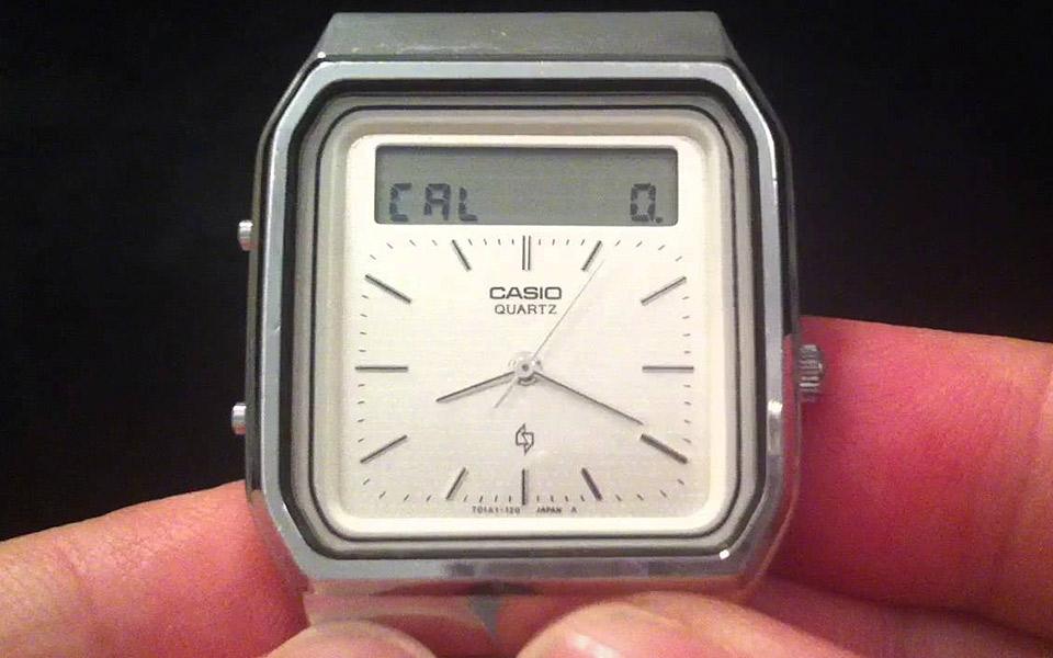 Casio lavede et ur med touchskærm for 35 år siden