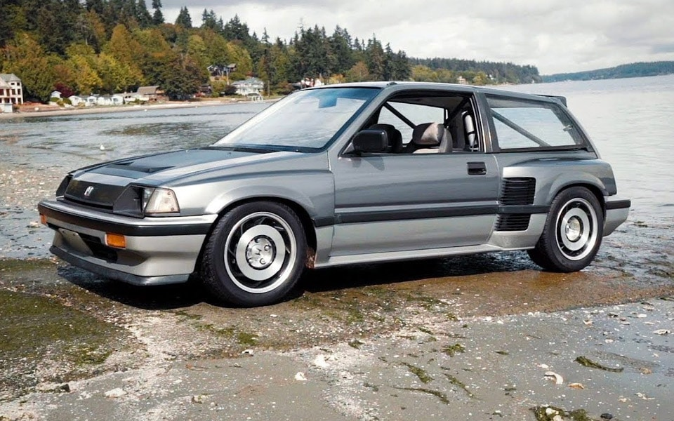 Den her gamle Honda Civic med V6-centermotor er helt fantastisk
