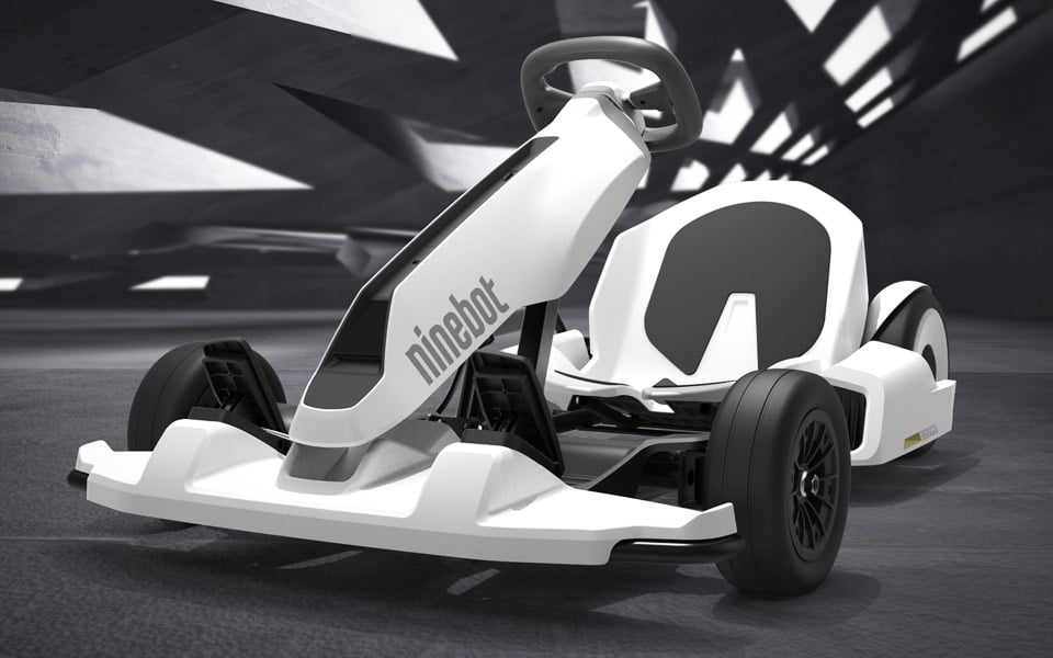 Segway Ninebots nye legetøj er en lynhurtig Gokart med drift-funktion til at køre sidelæns