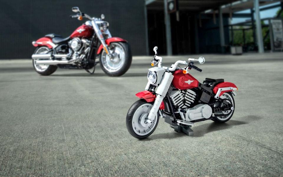 Nu kan du endelig få en Harley-Davidson Fat Boy af LEGO
