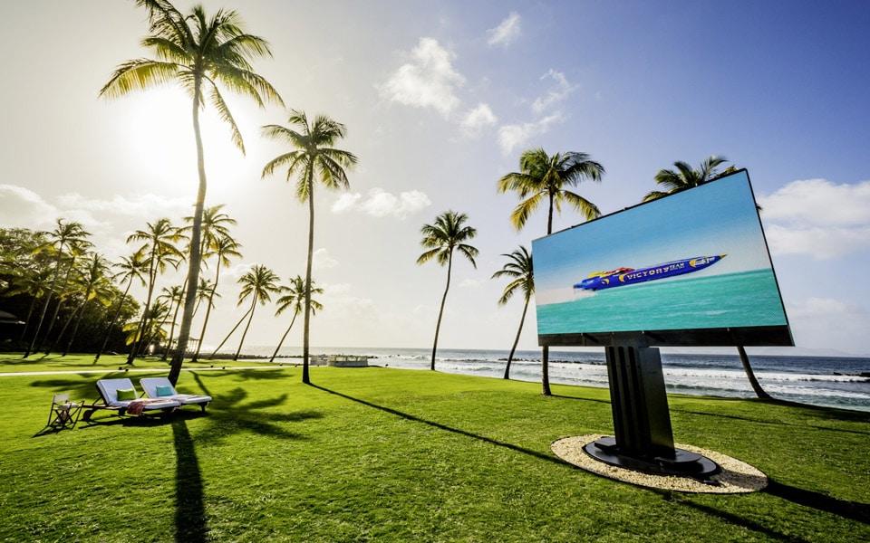 Verdens største udendørs LED-TV er rent blær