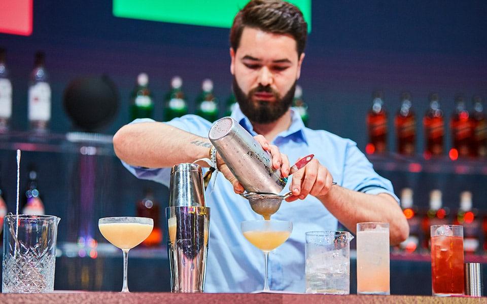 Danmarks bedste cocktail-connaisseur sluttede i toppen af verdens største bartenderkonkurrence