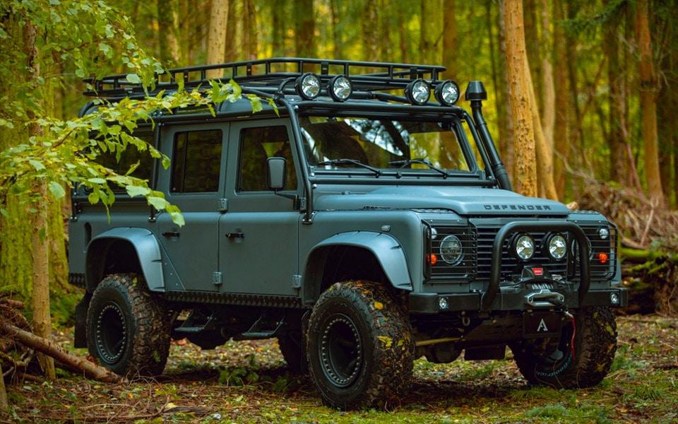 Arkonik Phantom er en blæret Land Rover Defender