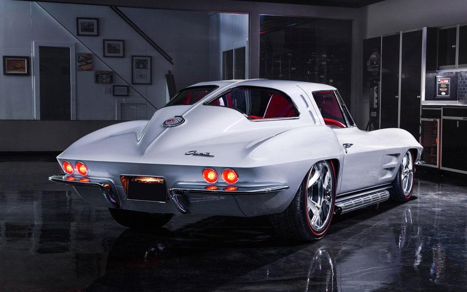 1963 Chevrolet Corvette Custom Split-Window Coupe