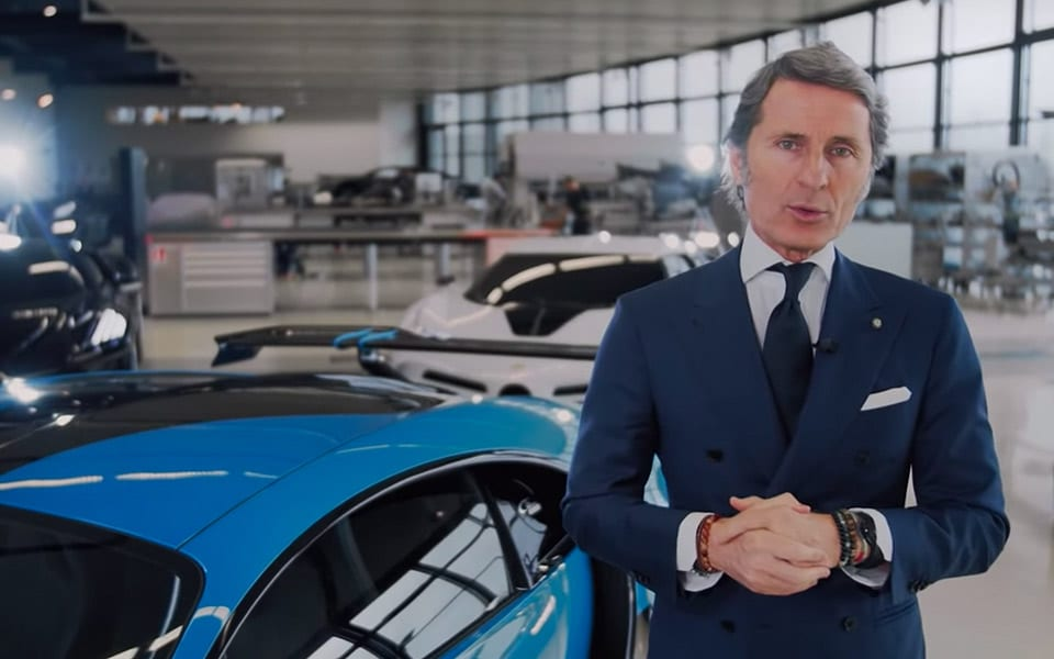 Bugattis præsident Stephan Winkelmann præsenterer Bugatti Chiron Pur Sport