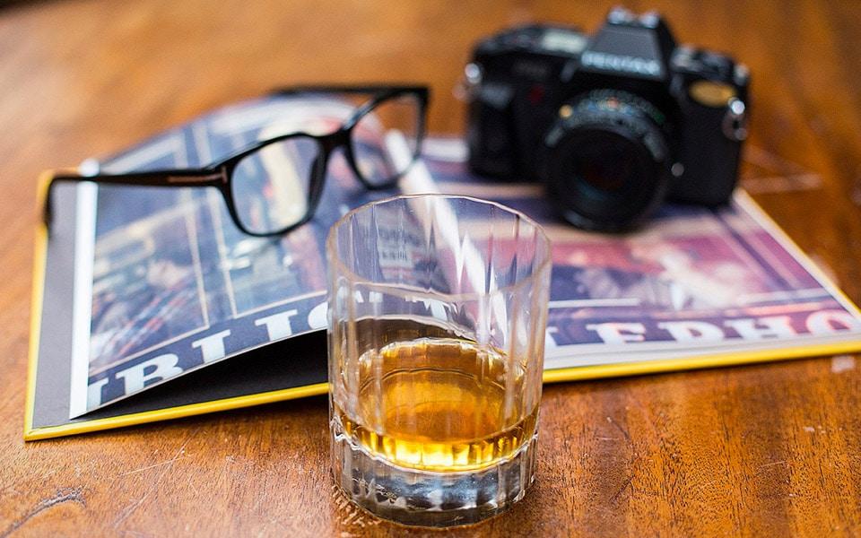 I dag er International Whisky Day - sådan fejrer du den derhjemme