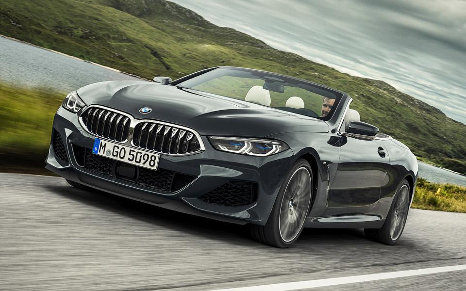 Undersøgelse viser, at mænd der ejer en Mercedes eller BMW kører mere hensynsløst