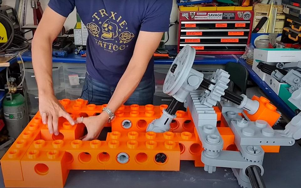 Sådan bygger du en LEGO-gokart i naturlig størrelse