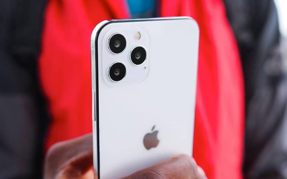 MKBHD kigger nærmere på iPhone 12