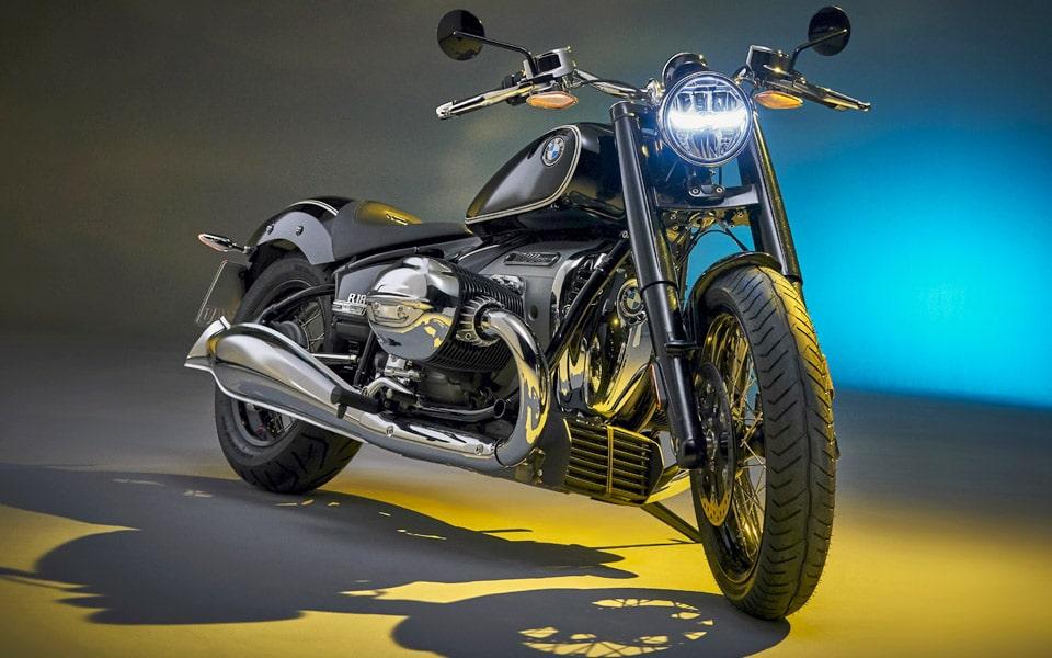 BMW R 18 er rålækker med en tocylindret boxermotor