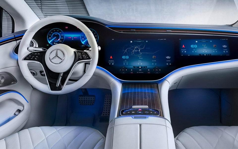 Den nye Mercedes EQS er gået skærm-amok